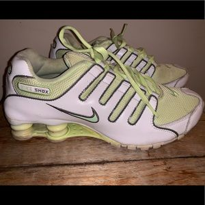Nike Shox Lime Green Women's Athletic Shoes 8.5
